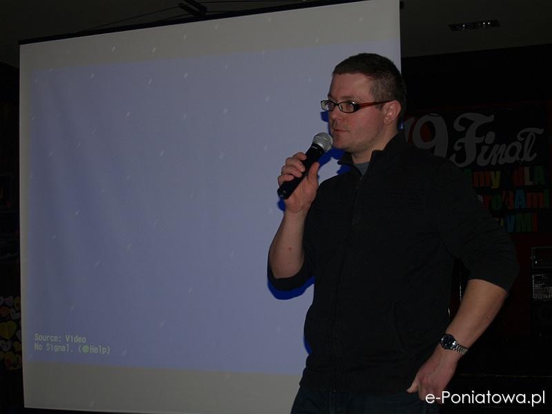 Poniatowski WOŚP 2011 w CKPiT - pokaz filmu Fabrycznej ART